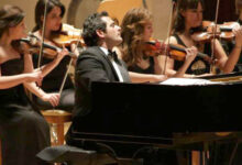 Photo of Syrian composer and pianist Malek Jandali [en]